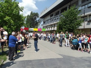 A színes befutózóna Komarno, Sportcsarnok