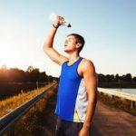 Melegben nagyon fontos a hidratálás, túl kevés a vér besűrűsödését, dehidratációt, keringési problémákat okoz
