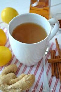 Tea, vírusűző citrommal, fahéjjal és gyömbérrel. Egy kis méz is mehet bele